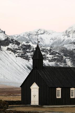 The black church of Búðir